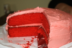 Strawberry Cake!  (FYI, I'm no food photog, this much I know, but it was DeeeLISH!)